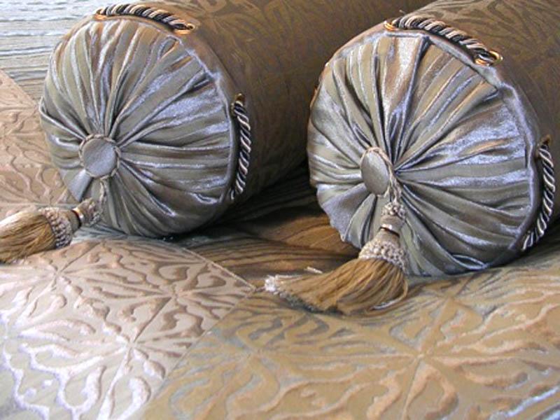 Подушки валиком своими руками